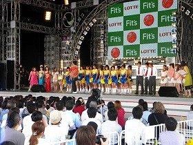 「お台場合衆国」特設ステージでダンスを披露したランキング上位者たち