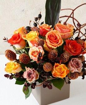 赤井さんオリジナルの装花が届く