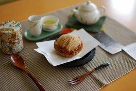 香り高いお茶とまろやかな秋の栗のスイーツとのセット