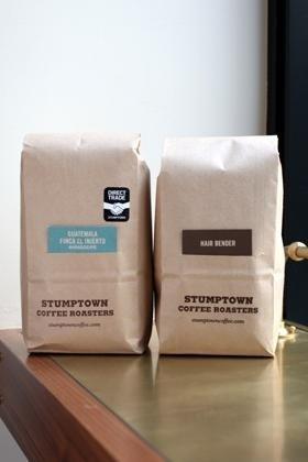 コーヒーの名前は農園の名前。カードに細かい情報が