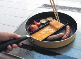 卵焼きを作りながら同時に他のものも調理できる