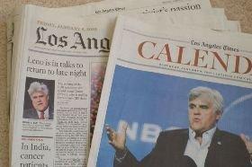 LA Times1面(左)に登場