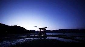 作品中、日本の世界遺産として紹介される厳島神社