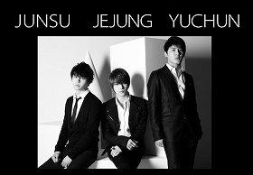 JUNSU(ジュンス)、JEJUNG(ジェジュン)、YUCHUN(ユチョン)の3人