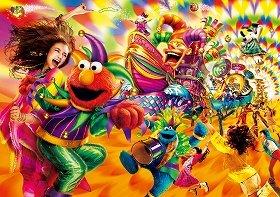 (C)2010 Sesame Workshop. (C)'76, '10 SANRIO (C)2010 PNTS (C)&(R) Universal Studios.