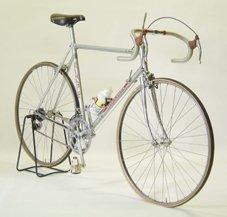 1985年のツールドフランスで使用されたイノー選手の自転車