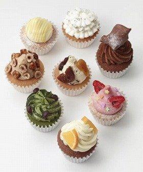 画像は、店舗限定のオリジナルカップケーキ