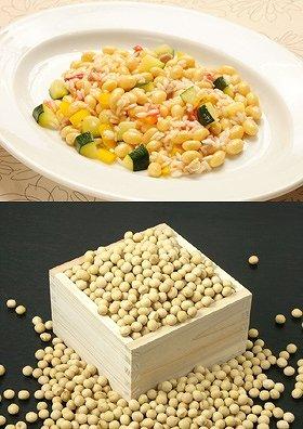 人気メニュー「大豆と自家製パンチェッタのリゾット」(写真上)、豊富な栄養成分を含んでいる大豆(写真下)