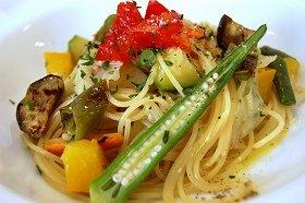 10種の野菜をのせた「会津野菜のペペロンチーノ風」