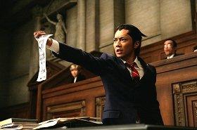 (C)CAPCOM/2012「逆転裁判」製作委員会
