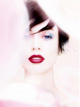 イメージ写真 モデル:ラケル・ジマーマン