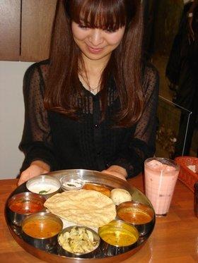 日本人の口にもよく合う「菜食ミールス」