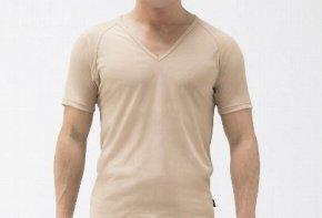スマートにワイシャツを着こなす