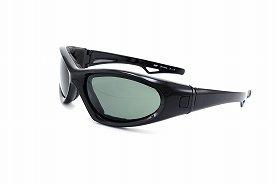 ゴーグルタイプのメガネを使えばさらに快適