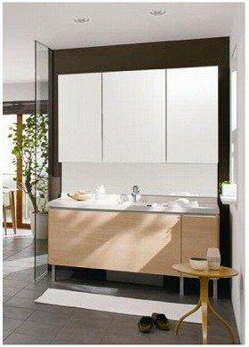 業界初のフレーム構造でアレンジ可能な「可変性」を備えた洗面化粧台(写真セットは、「ライフデザインドレッサーLX」75万2850円、工事費別)