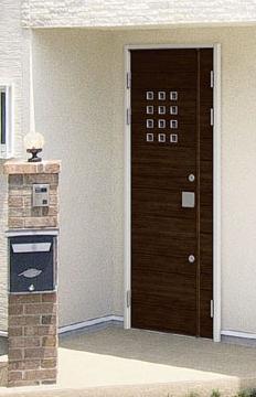 片開きドアと同じサイズの「親子ドア」という新発想(写真は、「フレディアWe F80マロンノーチェ」)
