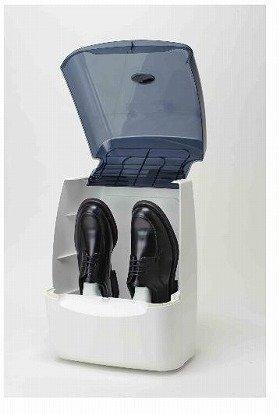 靴サイズは30センチまで、紳士靴、婦人靴、スニーカーなどの短靴やスリッパに対応(ブーツでも、筒の部分がやわらかい素材でフロントカバーが閉まる場合は使用可能)