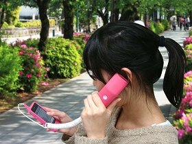 電話しながらアプリ操作ができる、すぐれもの!