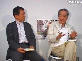 『J-CAST THE FRIDAY』に出演した佐野眞一氏(左は蜷川真夫氏、東京・千代田区のJ-CAST麹町スタジオで)
