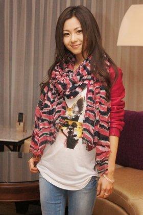 4月11日、「サンズ・コタイ・セントラル」でJ-CASTニュースの取材に応える倉木麻衣さん
