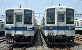 現行の野田線8000系車