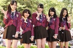 オールナイトニッポン公開収録に登場したAKB48「ぐぐたす選抜」の5人