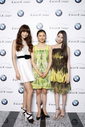 左から、ヨンアさん、菊川怜さん、河北麻友子さん