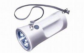 連続点灯時間が豆電球タイプより最大約4倍長く、電池の消耗も少ない!