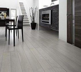 木目感を高め高級感のある銘木調の床材として進化