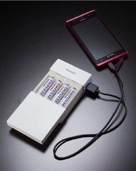 スマートフォンへの充電イメージ