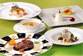 中華料理コースとフランス料理コース