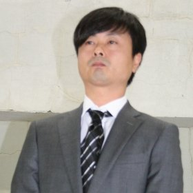 親族の「生保」問題で注目を浴びた河本準一さん(12年5月撮影)