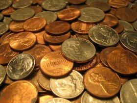 硬貨は硬貨でも1兆ドル。スケールがでかすぎる(イメージ)