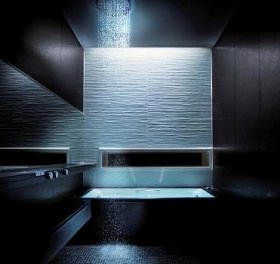 心地よい落ち着きを「光と素材」で表現した(写真は、戸建向け「Gタイプ 1620サイズ」)