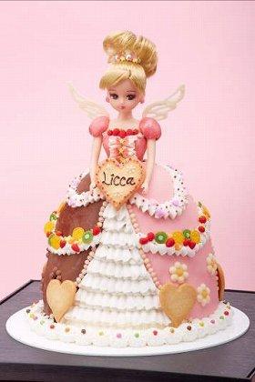 ケーキのドレスでおめかしよ