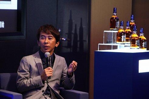 セミナーで熱く語るエイベックス松浦勝人さん