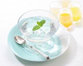 夏限定「水のゼリー」