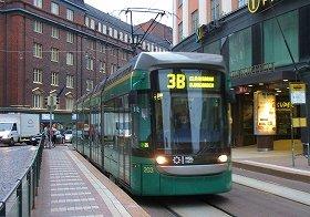 市内観光にはトラム(路面電車)が便利だ