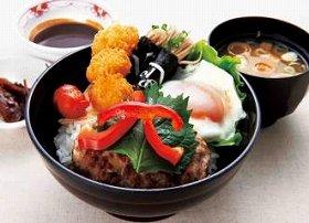 東北道佐野SA(下り線)で食べられる「栃木ぜいたく丼」