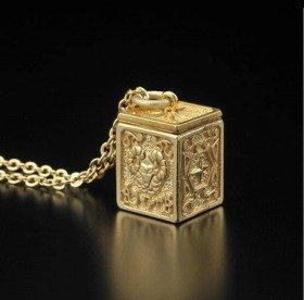 聖闘士星矢 黄金聖衣箱(ゴールドクロスボックス)デザインペンダント 牡羊座(アリエス)