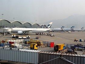 キャセイパシフィック航空は日本と香港間に週120便運航している