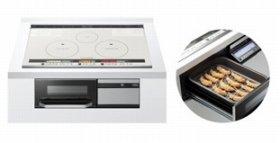 「ラク旨グリル」をオーブンに搭載(写真は、「HT-J300XTWF」左は、ラク旨グリル調理例)