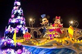 東京ディズニーシー「カラー・オブ・クリスマス」 (C)Disney