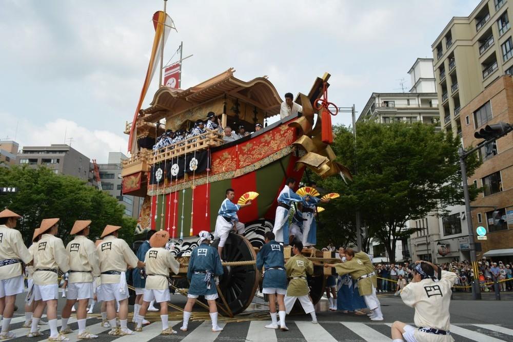 祇園祭の大船鉾が