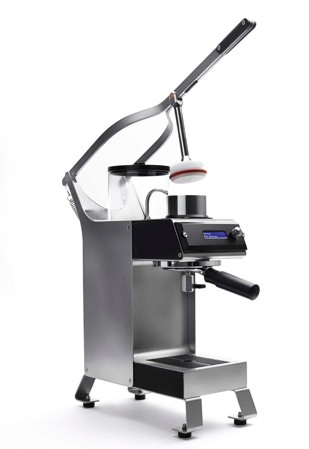 「温度」にこだわるドリップコーヒーマシン エンジニアが作った「BLOSSOM ONE BREWER」12月15日発売