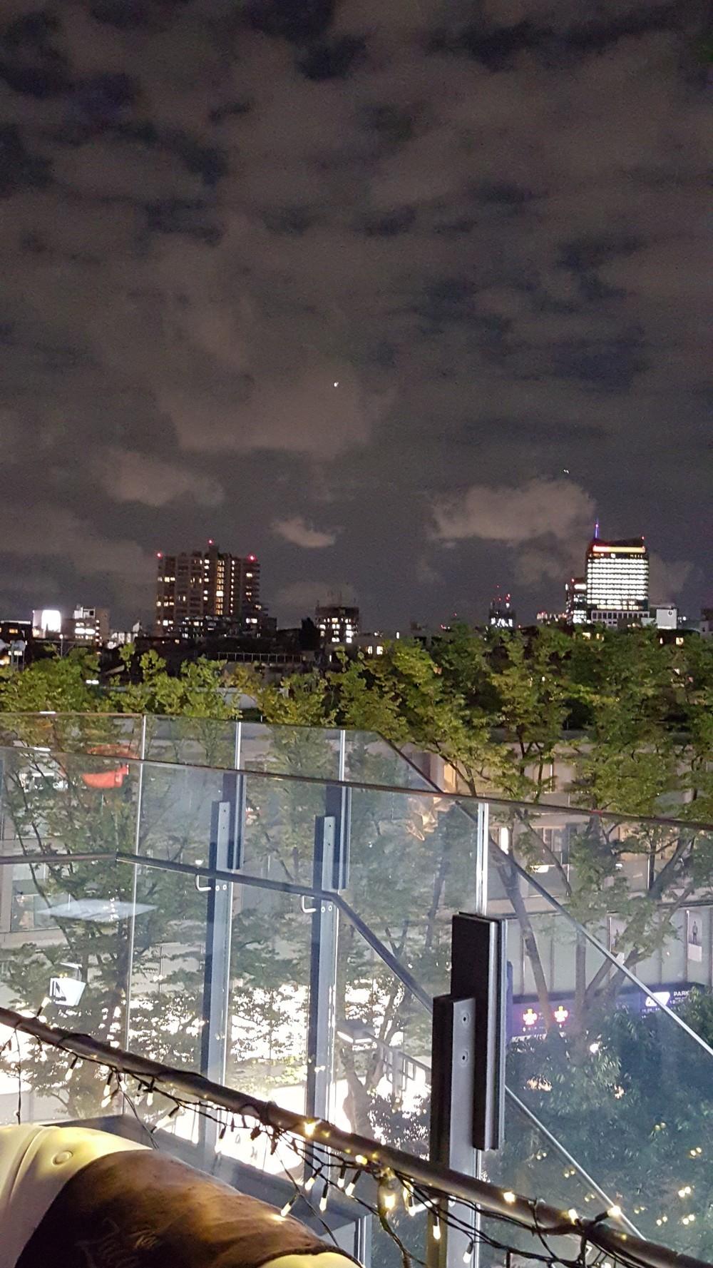 スマホのカメラで「夜景」をキレイに撮りたい! 秋冬のおでかけに向け専門家が秘訣を伝授 Galaxy Media Day