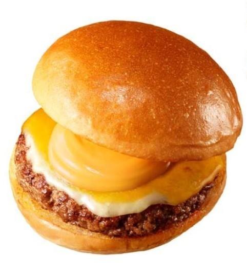 チーズ好きにはたまらない! 「濃厚6種チーズの絶品チーズバーガー」がマジで絶品【レビューウォッチ】