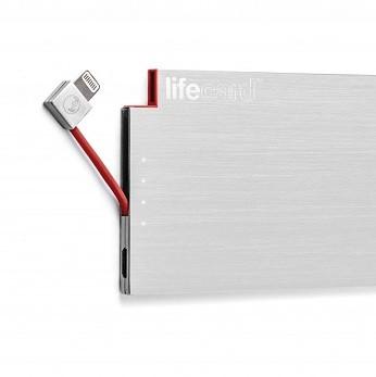クレジットカードサイズのモバイルバッテリー「LIFECARD」 Lightning/microUSB版を用意