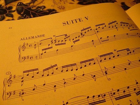 第5組曲のドイツ風舞曲『アルマンド』