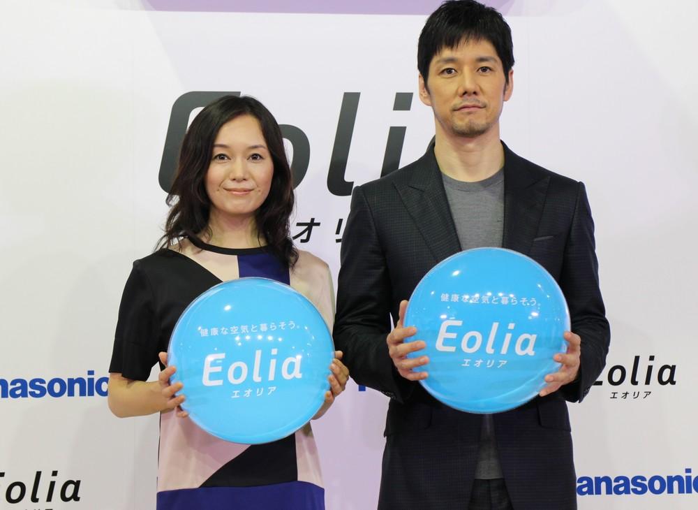 西島さんと奥貫さんは夫婦役で登場